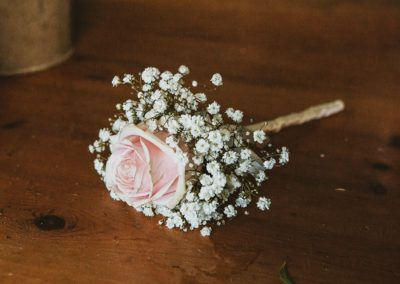 buttonhole-pink-rose-gypsophila-Wild-Wedding-Company-planner-Sherbourne
